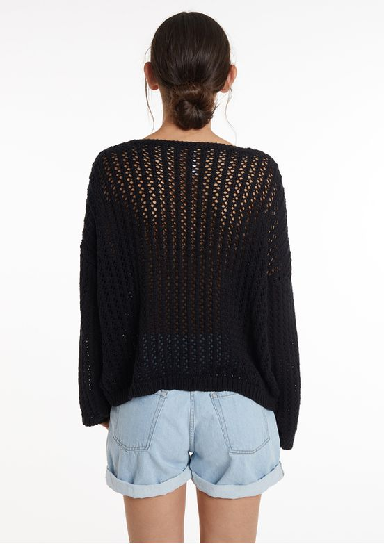 SWEATER-CALADO-ESCOTE-V